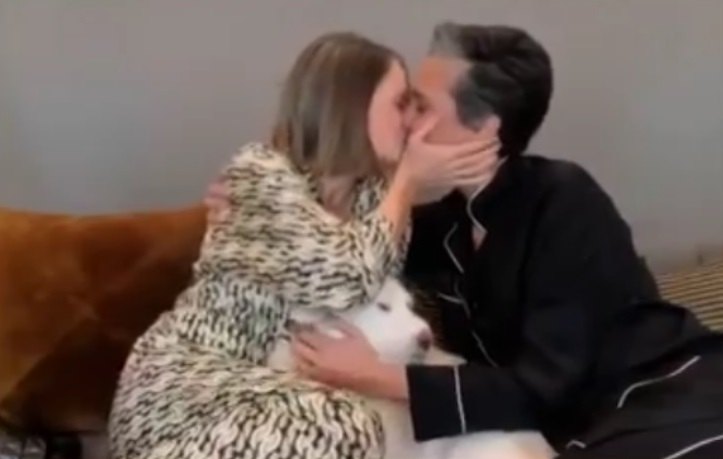 Jodie Foster kissed her wife of seven years Alexsandra Hedison